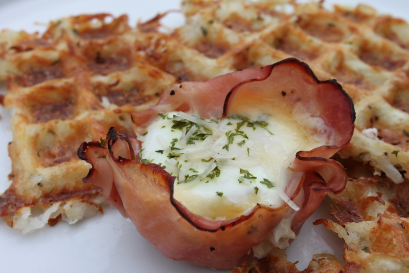 Baked Ham Eggs Cups1