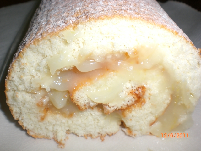 Lemon Sponge Roll1